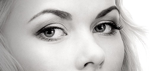 Zabiegi i pielęgnacja okolicy oka